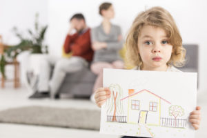 Should Spouses Continue To Live Together During the Divorce?